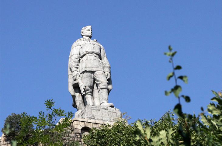 Болгария, Пловди - Памятник советскому солдату-освободителю - Алеша